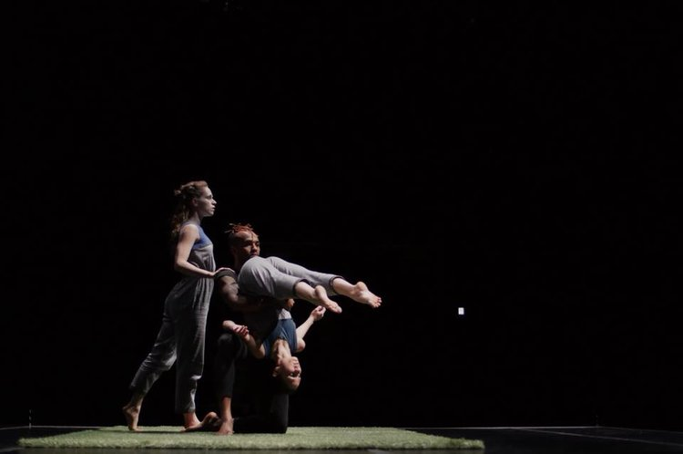 Ririe-Woodbury Dance Company in Daniel Charon's Return.