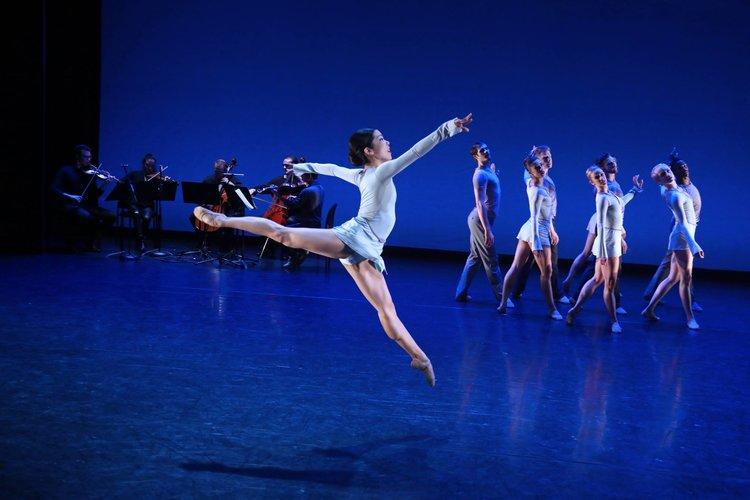 Dancers of BalletX in Matthew Neenan's Increasing. Photo by Bill Hebert.